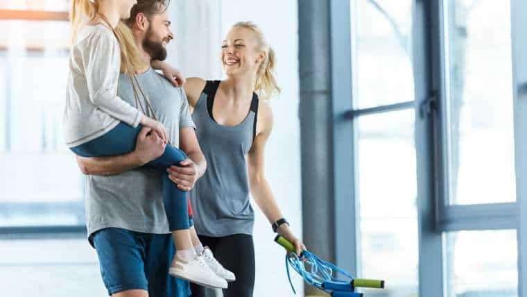 Trening we dwoje – ćwiczenia, które możecie wykonywać wspólnie