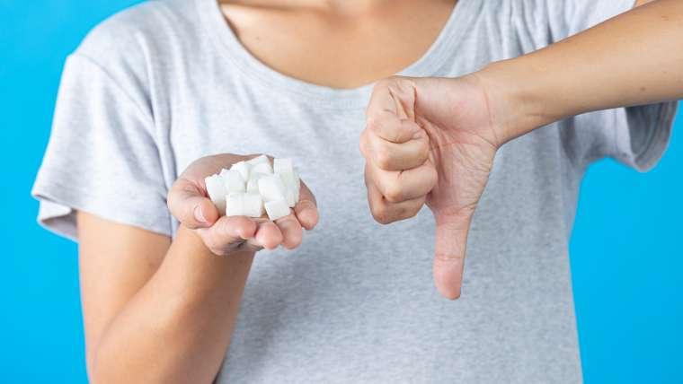 Jak wyeliminować biały cukier z rodzinnego jadłospisu?