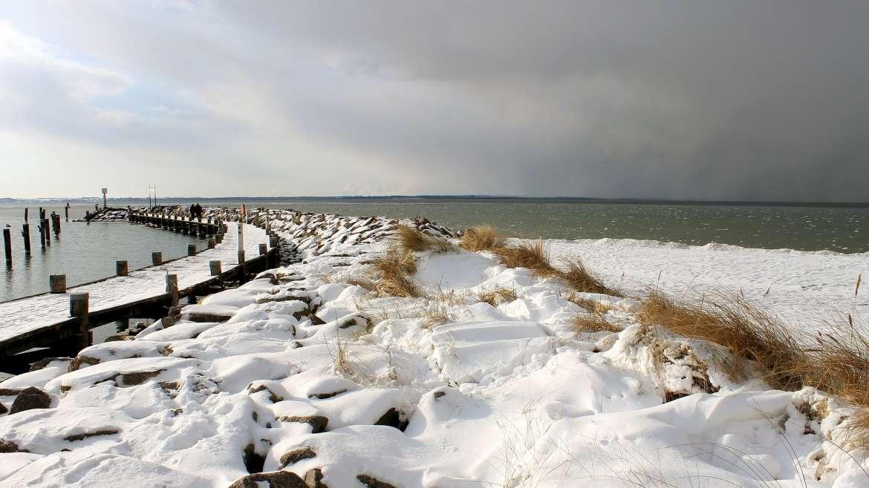 Aktywny wypoczynek w otoczeniu ożywczego jodu. Dlaczego warto wyjechać zimą nad Bałtyk?