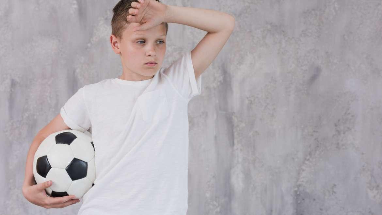 Jak uniknąć przetrenowania mięśni u młodego sportowca?