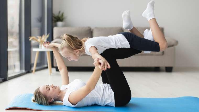 10 pomysłów na wspólną gimnastykę z dzieckiem