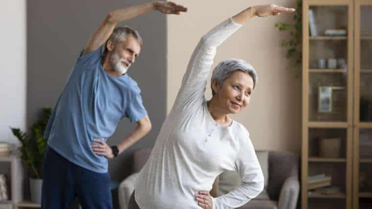 Ćwiczenia aerobowe dla seniorów, czyli jak poprawić jednocześnie pracę mięśni, serca i mózgu
