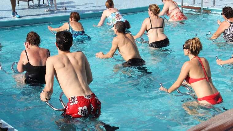 Aquacycling, czyli wodno-rowerowy sposób na żylaki i wzmocnienie serca