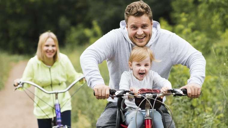 Jak przygotować się do rodzinnej wycieczki rowerowej?