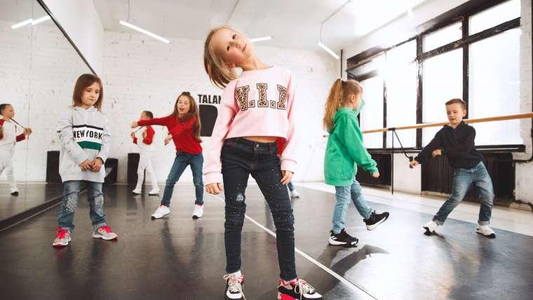Zumba kids – taneczny trening rozwijający koordynację ruchową dzieci