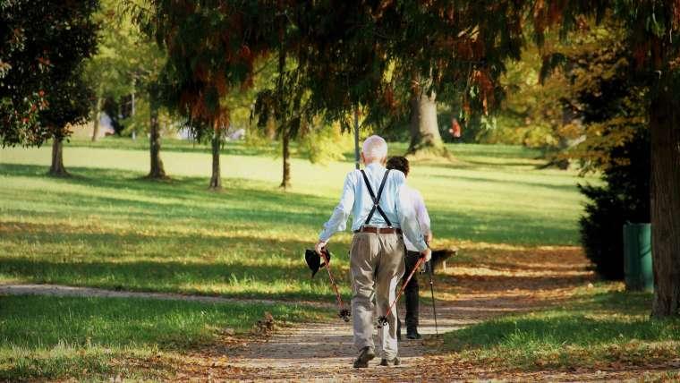Jakie ćwiczenia i aktywności fizyczne warto podejmować przy osteoporozie?