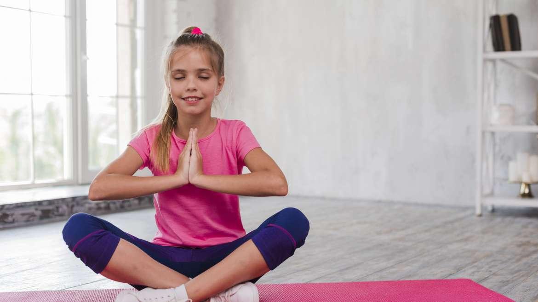 Bezstresowe dzieciństwo – o znaczeniu ćwiczeń relaksacyjnych i oddechowych dla dzieci